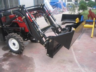 4 in 1 Front Loader - 4 in 1
